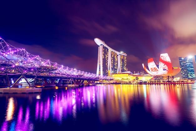 Singapur in der nacht Premium Fotos
