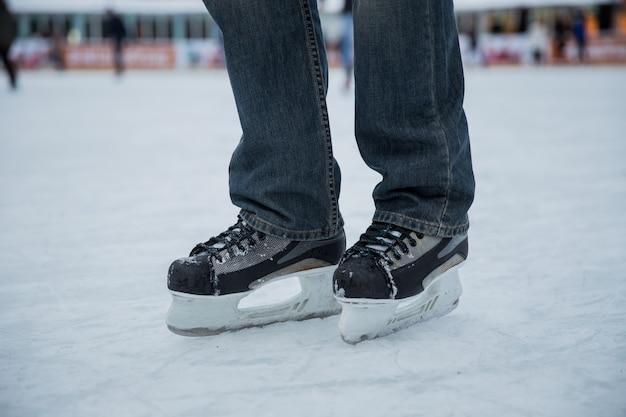 Skating mann Premium Fotos