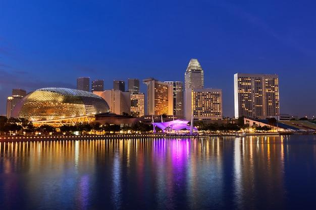 Skyline von singapur Premium Fotos