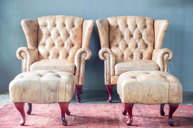 Sofa im weinleseraum Premium Fotos