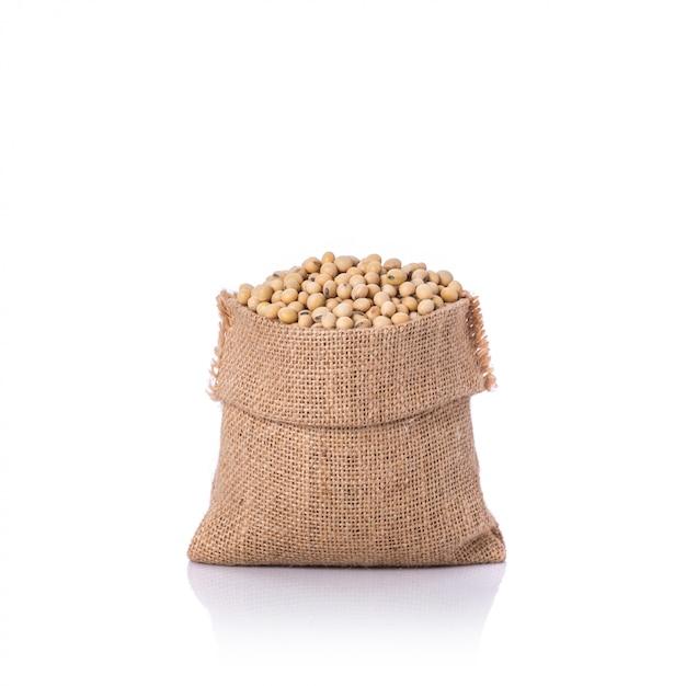 Sojabohne im kleinen sack. Premium Fotos