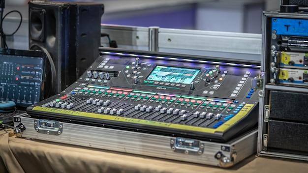 Soundmix-bedienfeldtasten Premium Fotos