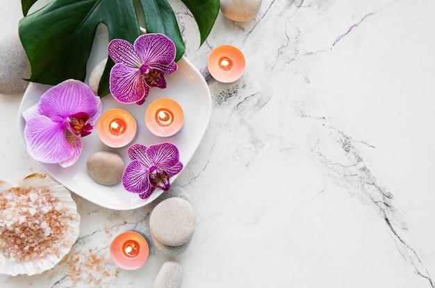 Spa-produkte mit orchideen Premium Fotos