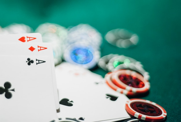 Spielmarken und asse Premium Fotos