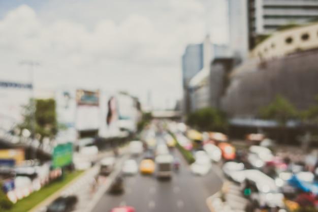 Stadt mit einem überschuss von autos Kostenlose Fotos
