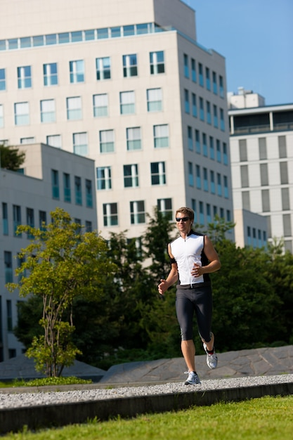 Stadtsport - fitness in der stadt Premium Fotos