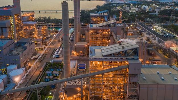 Stahlwerk, hüttenwerk, hüttenwerk, luftbild. Premium Fotos