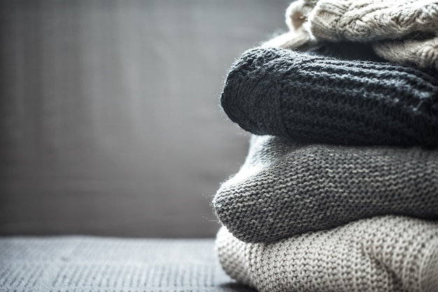 Stapel gestrickter pullover Kostenlose Fotos