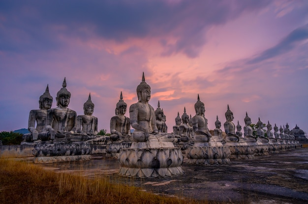 Statue thailand nakhon si thammarat buddha Premium Fotos
