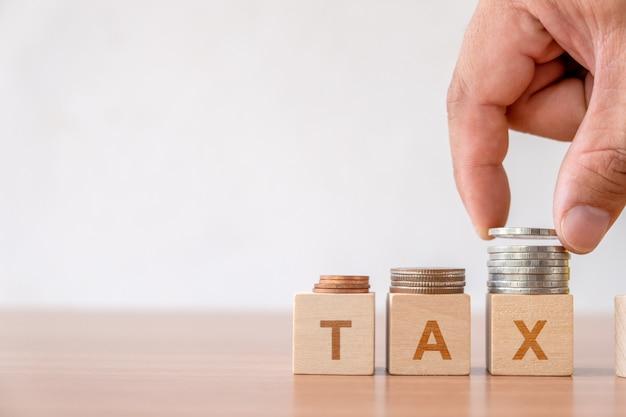 Steuer- und finanzmanagement-steuersaison in der wirtschaft. Premium Fotos