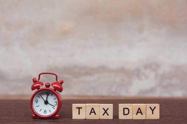 Steuertag Premium Fotos