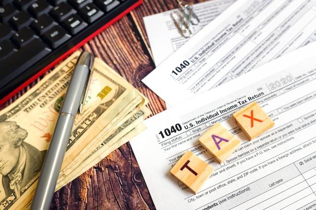 Steuerzahlungstag in amerika. Premium Fotos