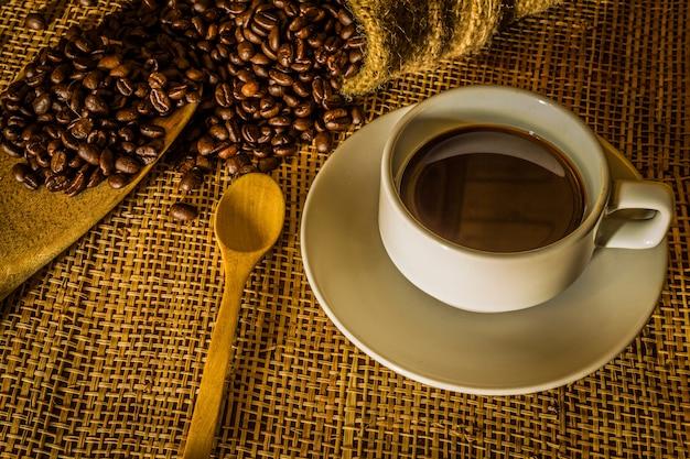 Stilleben mit kaffee Premium Fotos