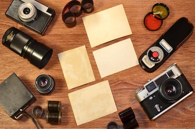 Stillleben mit alter fotoausrüstung Premium Fotos