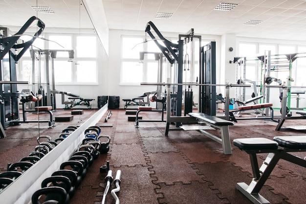 Stillleben von fitnessgeräten Kostenlose Fotos