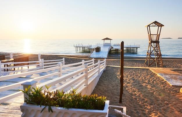 Strandholzhütte für küstenwache. Kostenlose Fotos