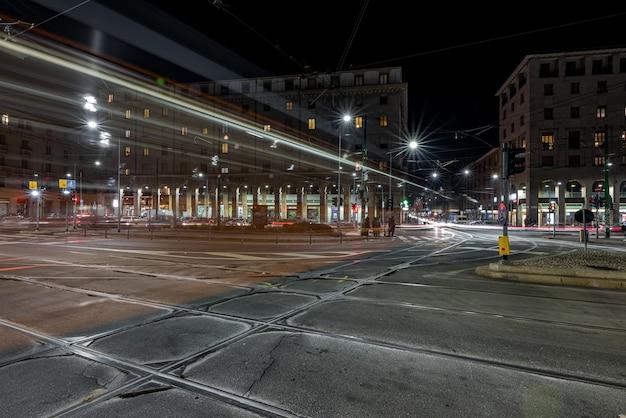 Straßenbahn im stadtteil navigli von mailand Kostenlose Fotos