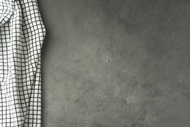 Strukturierte graupappe mit schwarzweiss-gewebe. Premium Fotos