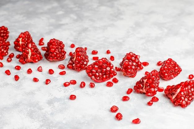 Süße granatapfelsamen, selektiver fokus Kostenlose Fotos