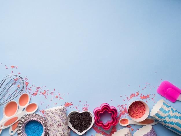 Süßes backkonzept. mädchenhafter stil Premium Fotos