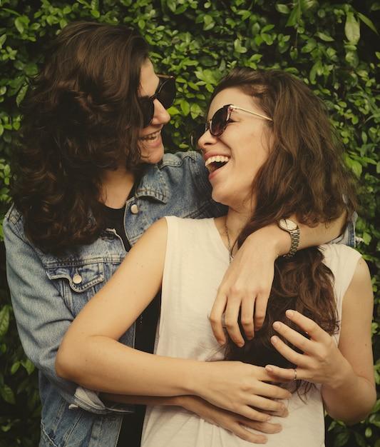 Süßes lesbisches paar in liebe Premium Fotos