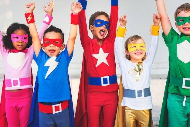 Superhelden kids teamwork aspiration grundbegriff Premium Fotos
