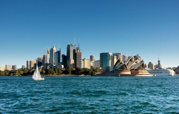 Sydney cbd von der fähre Premium Fotos