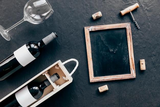 tafel und korkenzieher mit korken nahe wein download der. Black Bedroom Furniture Sets. Home Design Ideas