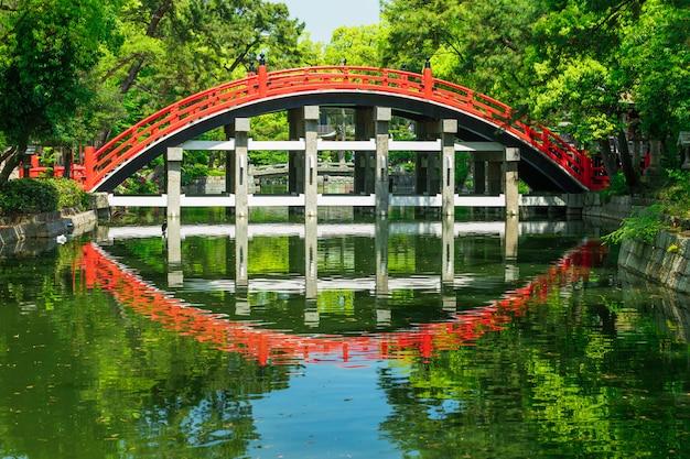 Taiko bashi, bekannt als drum bridge, osaka Premium Fotos