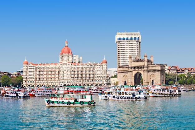 Taj mahal hotel und gateway von indien Premium Fotos