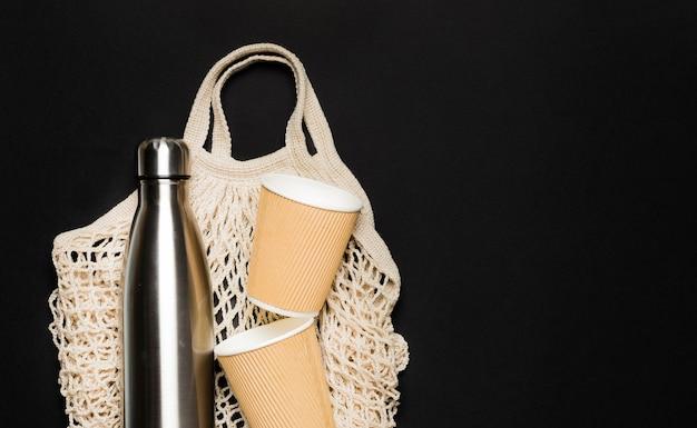 Tasche mit umweltfreundlichen gegenständen Kostenlose Fotos