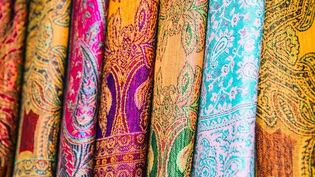 Teppiche auf dem markt in marrakesch Kostenlose Fotos