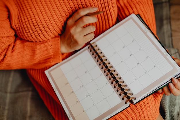 Terminplanung in einer agenda Kostenlose Fotos