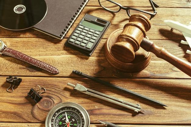Thema recht und gerechtigkeit. Premium Fotos