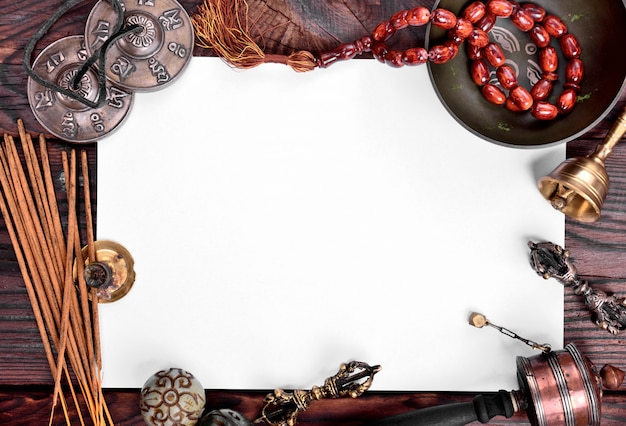 Tibetische musikinstrumente zur meditation und entspannung Premium Fotos