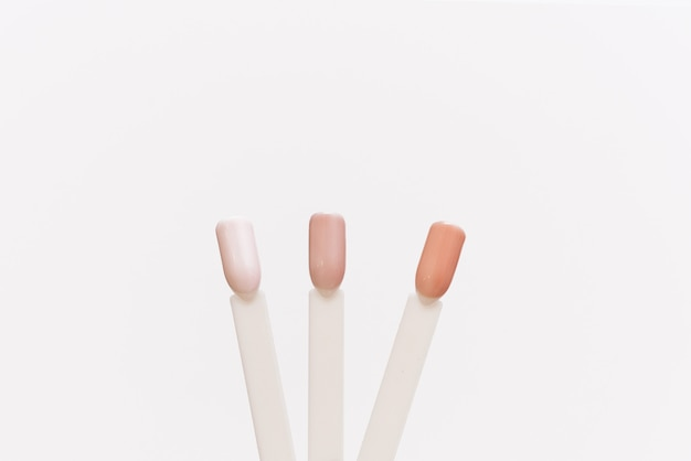 Tipps für pastellnagellacke. palette beispiele für verschiedene farben für nägel Premium Fotos