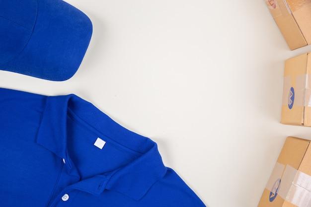 Top shirt geschäft und briefkasten Kostenlose Fotos