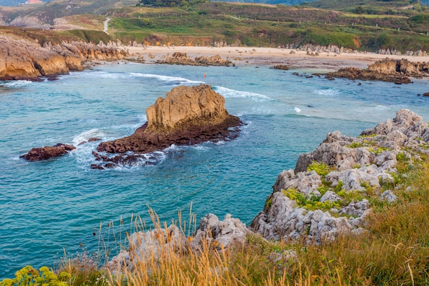 Toro beach, llanes, asturien, spanien Premium Fotos
