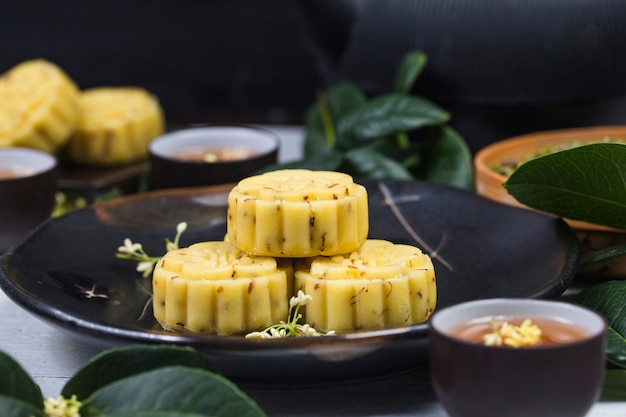 Traditioneller feinschmeckerischer osmanthus-kuchen, chinesisches gebäck Premium Fotos