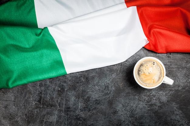 Traditioneller italienischer kaffee Premium Fotos