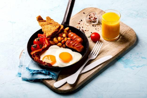 Traditionelles englisches frühstück Premium Fotos