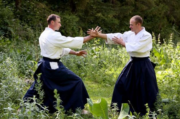 Training kampfkunst aikido Premium Fotos