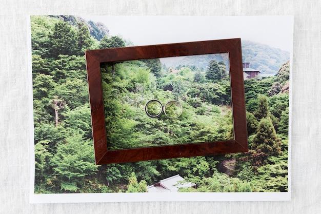 Trauringe mit ornamenten Kostenlose Fotos