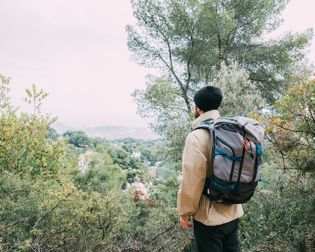 Trekking in den bergen Kostenlose Fotos