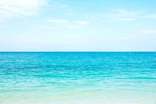 Tropischer meerblick Premium Fotos