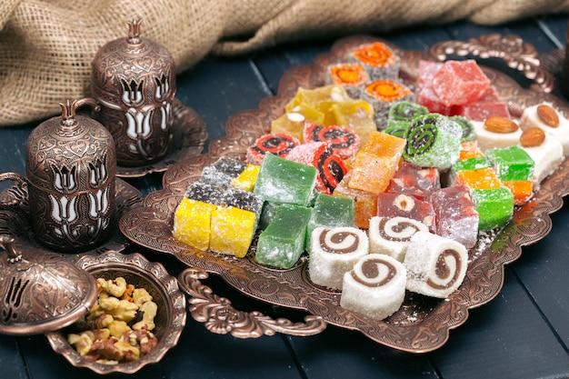 Türkische süßigkeiten Premium Fotos