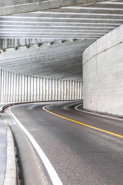 Tunnel am berg Premium Fotos