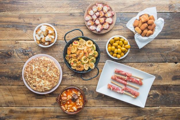 Typisch spanisches essen Premium Fotos