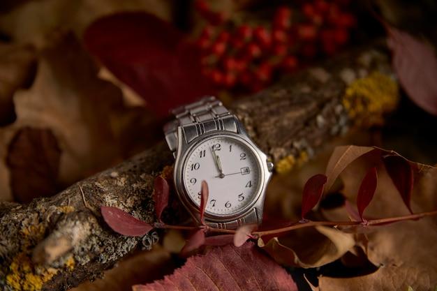 Uhr in der abwesenheit einer minute, um das neue jahr 2019 zu beginnen Premium Fotos