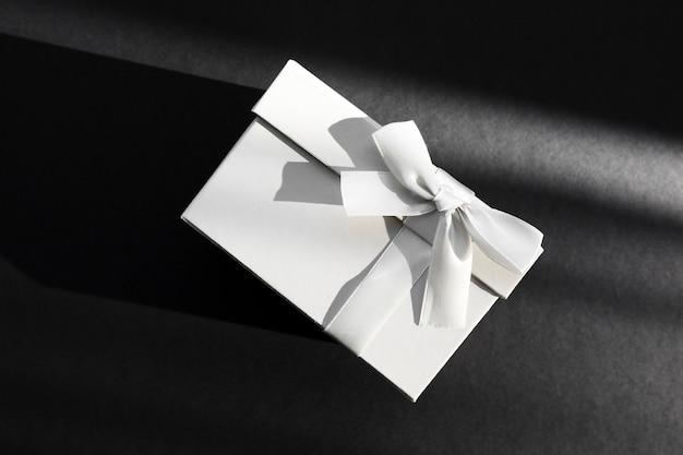 Umschlag mit hochzeitseinladung Kostenlose Fotos